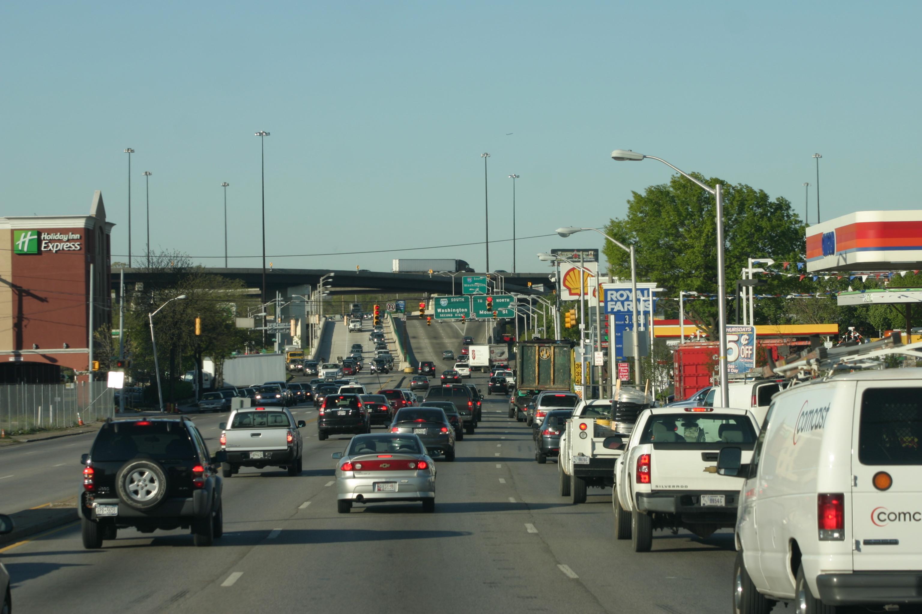 Street Traffic Street-traffic-in-balt.jpg